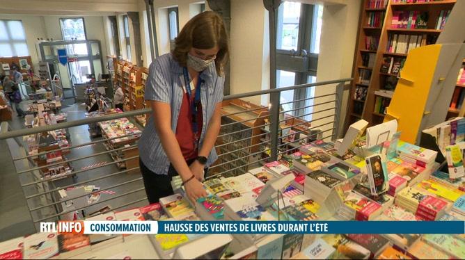Les livres et romans, succès de librairie durant les vacances d'été