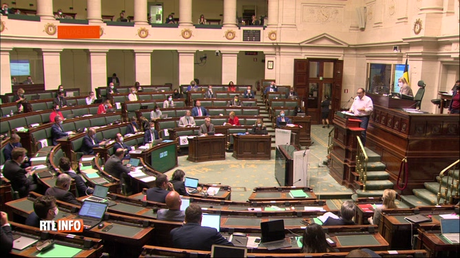 Budget 2022: l'heure était aux débats et aux critiques aujourd'hui à la Chambre